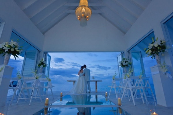 EFANI PEACEFUL BLISS WEDDING