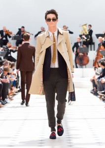 Spring-Summer-2016-Fashion-Collection-Burberry-Prorsum