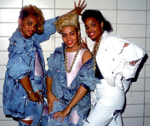 29-Salt-n-Pepa-rocking-the-denim